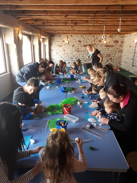 Byres Farm - Fun Farm Crafts with kids